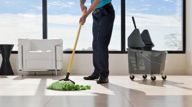 Nechajte si upratovať kancelárske priestory pravidelne a máte o starosť menej